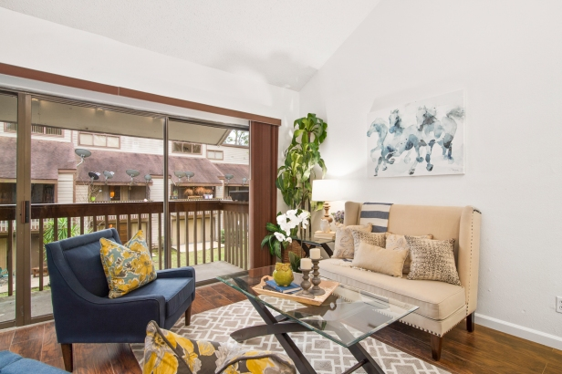 Walden Rd - Vacant Home Staging - Living Room
