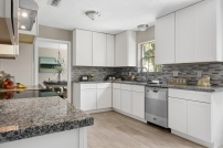 Staging The Nest - Vacant Home Staging -Kitchen